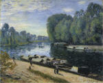 Boats on the Loing River